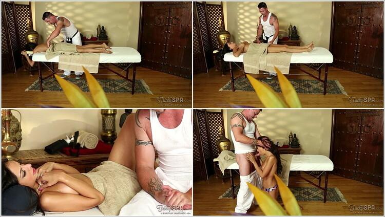 Nymphomanin Miniarsch College Massage