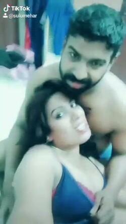 [Image: DesiUnseen_Viral_Tiktok_Hot_Desi_Couples_s.jpg]