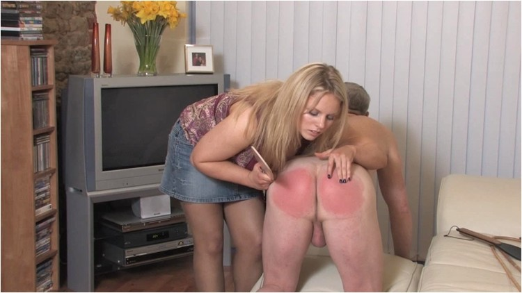 Spanking_-__AmyHunter_MissingMoney.wmv._3_.001_l.jpg