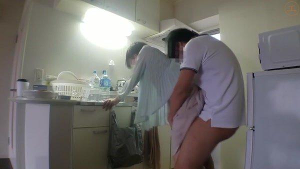 FC2-PPV-1384236 【個人】新居で膣内を他人の精子に汚され風呂場で再び犯される新妻