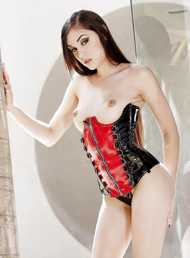 Sasha Grey compilado con fotos xxx imperdibles