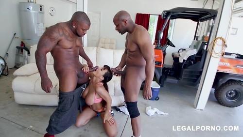 LegalPorno - Legendary MILF Lisa Ann Receiving DP From Prince Yahshua Rico Strong AB
