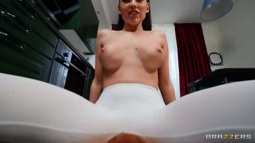 DayWithAPornstar 20 07 09 Luxury Girl Soaking LuxuryGirls Yoga Pants XXX XviD-iPT Team