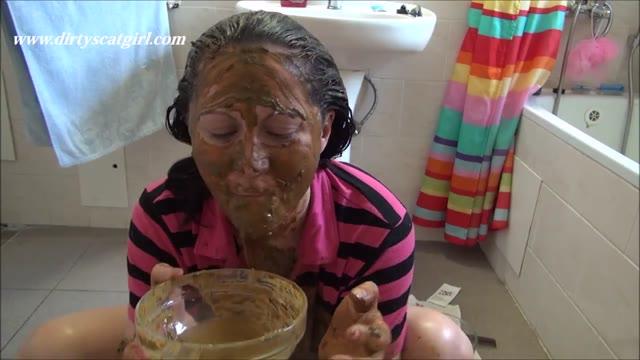 DirtyScatGirl - Hair Coloring