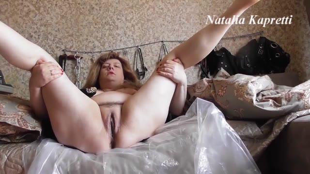 Mistress Natalia Kapretti - Good morning toilet slave, do your duty.