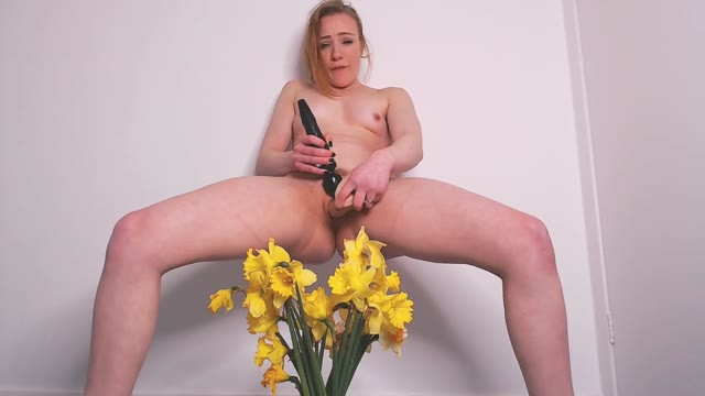 Spankmepink - Drenching the Daffodils