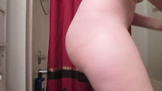 SexyScatForYou - Nice close up of me pushing out a turd