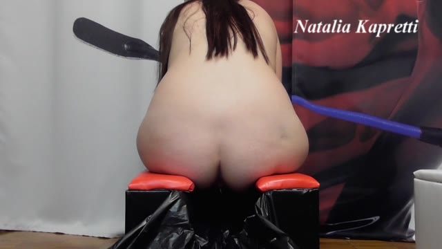 Mistress Natalia Kapretti - Pisses underpants, shit on seat, my modesty, toilet