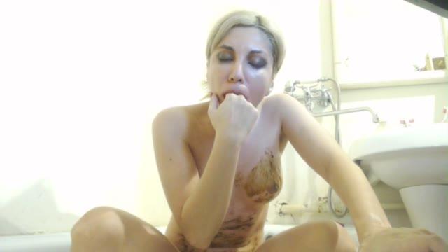 HappySloth - Pee, enema, poo, smear, vomit