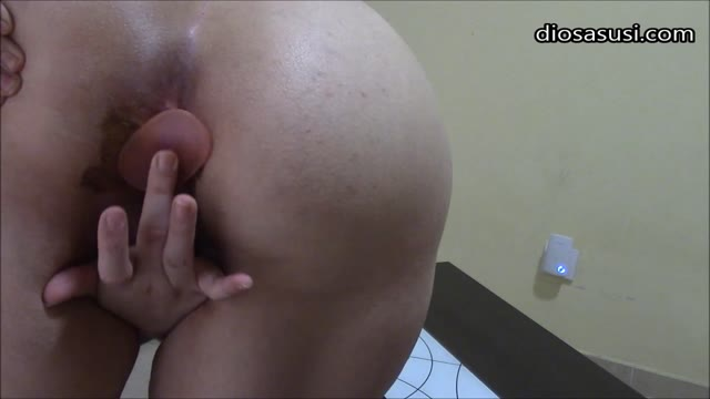 DiosaSusi - Shitting And Double Penetration