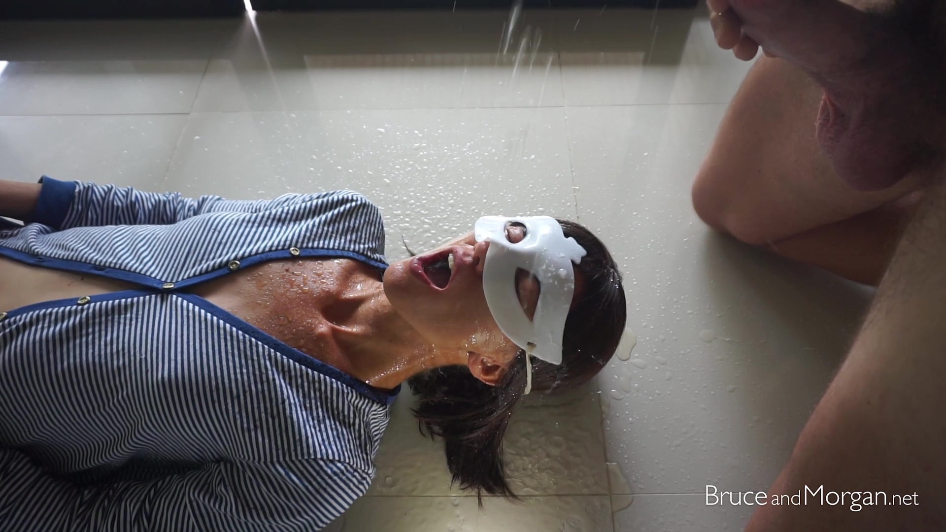 BruceandMorgan - Fluids In Slow-Motion