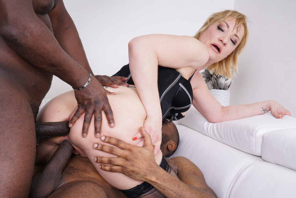 LegalPorno - Kinky Sex - Kinky interracial DP with Victoria Hope KS124
