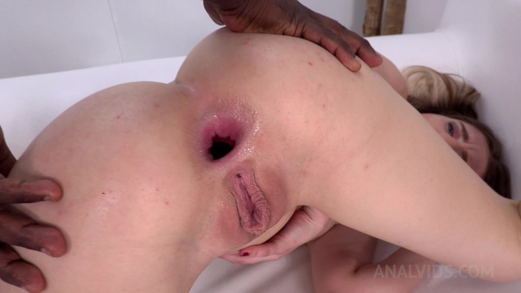 LegalPorno - Natasha Teen Productions - First anal with BBC for Niccole Andrews NT028
