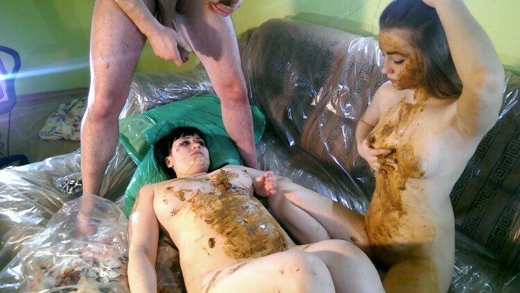 SG-Video - Scat Threesome Erotic Russia By Two Top Scat Babes
