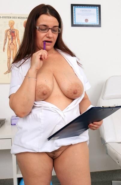 Cum on big natural tits feat. doctor Milf Romana