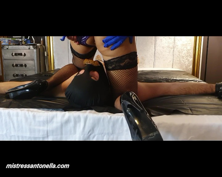 MistressAntonellaSilicone - 990 caning and reward is the caviar