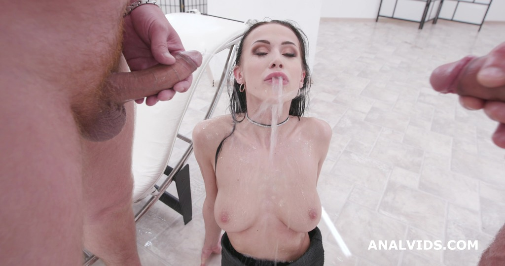 Download LegalPorno - Giorgio Grandi - Fucking Wet with Nicole Love, Balls Deep Anal, DAP, Gapes, Face Slapping, Pee Drink and Swallow GIO1451