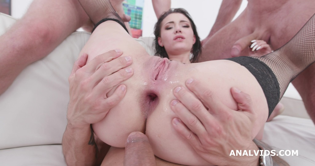 Download LegalPorno - Giorgio Grandi - Lady Zee 4on1, Balls Deep Anal, DAP, Gapes, Face Slapping and Swallow GIO1445