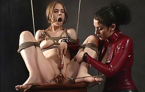 Insx---2004.04.03---Bambi-Donna_m.jpg
