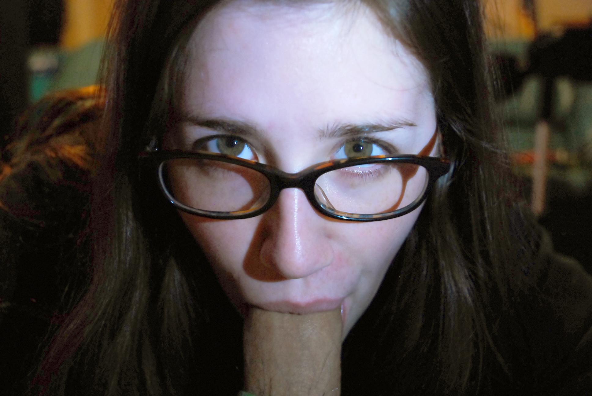 Nerd Glasses Blowjob Porn Pics