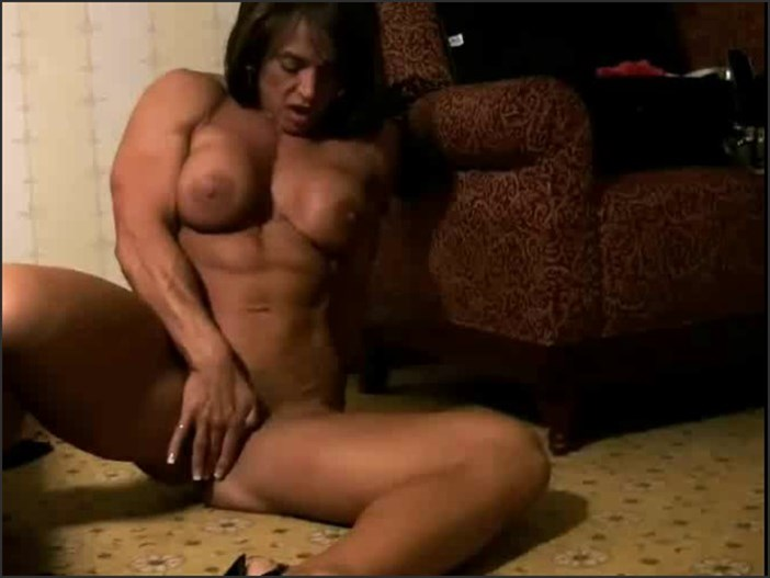Roxie rain female bodybuilder fbb muscles