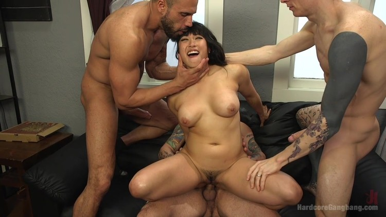 Babysitter Mia Li Is Having A Party To The Big Footbal 1