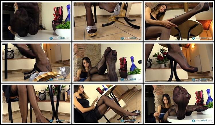006626NylonPantyhoseStockingsVideos_l.jpg