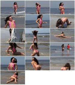 bikini-dare074_thumb_s.jpg