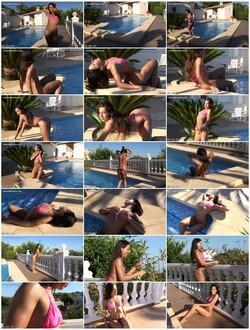 bikini-dare067_thumb_s.jpg