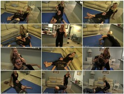 WrestlingFemaleDominationNM058_thumb_s.jpg