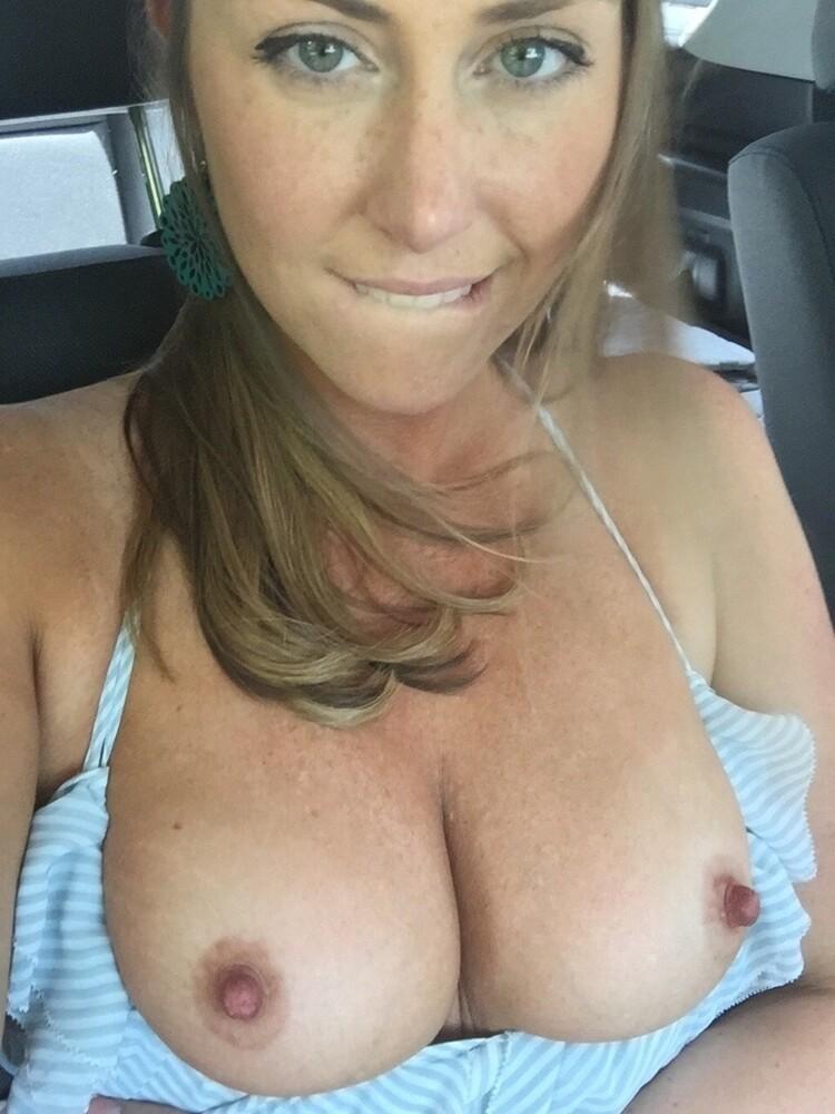 Compilado con fotos de chicas de pechos grandes