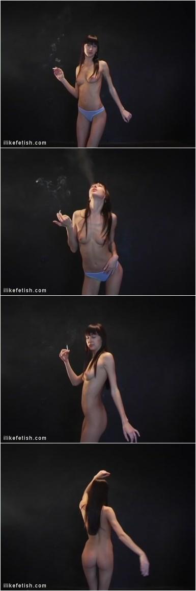 [Image: Smoking_0974_Leola_02.mp4.e.jpg]