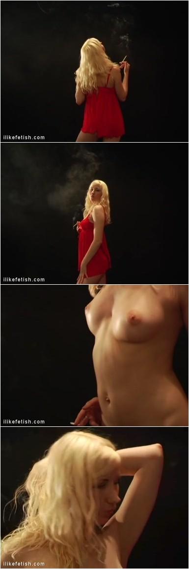 [Image: Smoking_1000_Nateli_02.mp4.e.jpg]