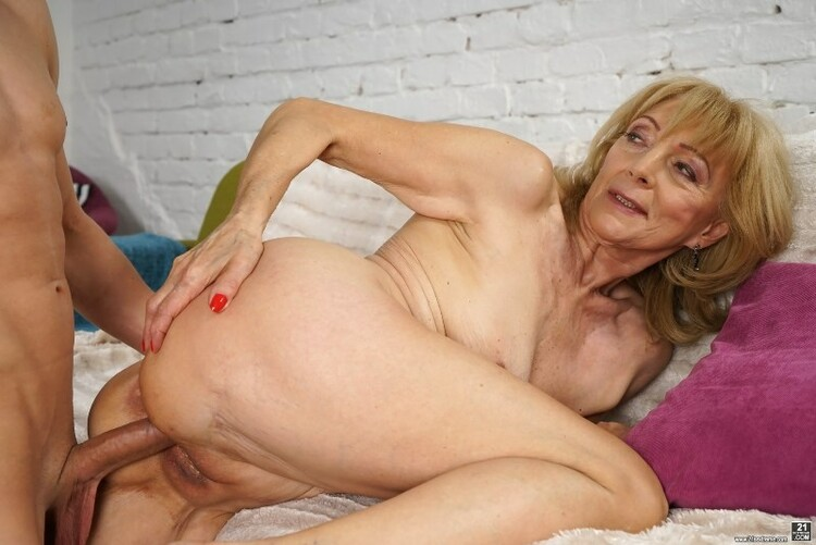 These mature pornstars are ready to make you hard