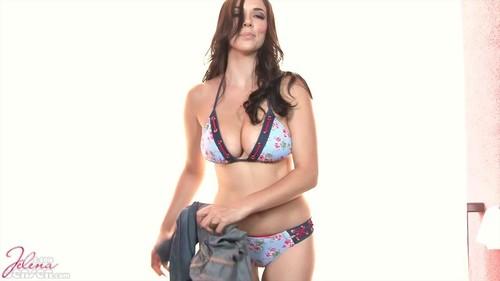 JelenaJensen-15-04-03-Floral-And-Denim-Bikini-720p_m.jpg