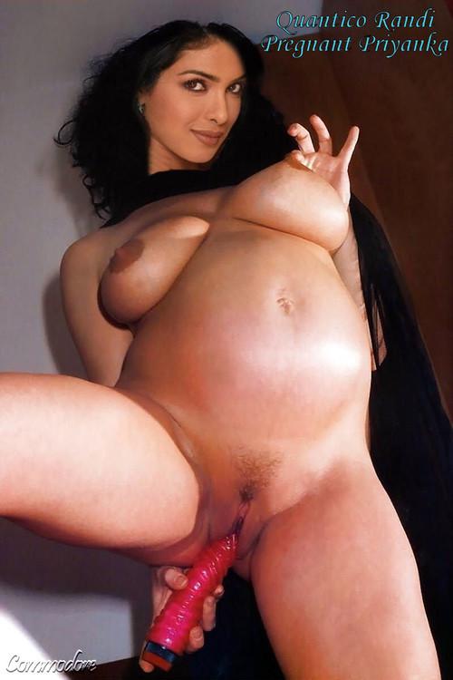 [Image: Priyanka_Preg_08_m.jpg]