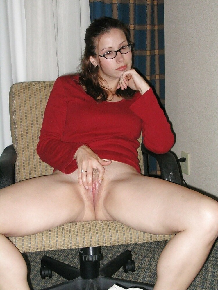 Nude girls with glasses, glasses porn pics