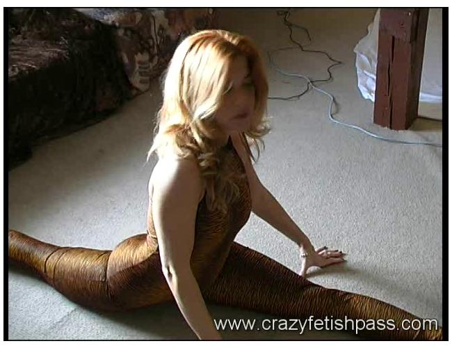 flexifetishgirls010_cover.jpg