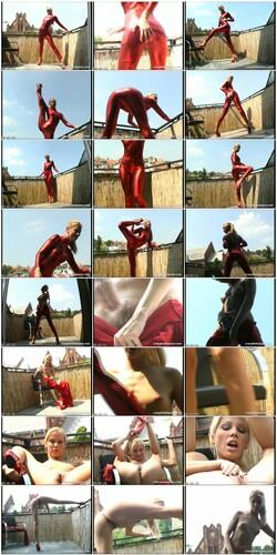 flexifetishgirls017_thumb_s.jpg
